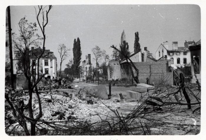 Following the German invasion of Poland on September 1, 1939, Warsaw suffered heavy air attacks and artillery bombardment. German troops entered the city on September 29, shortly after its surrender. This photograph was taken by Julien Bryan, an American documentary filmmaker who captured the German bombardment and its impact on the Polish citizenry. Circa 1939.
