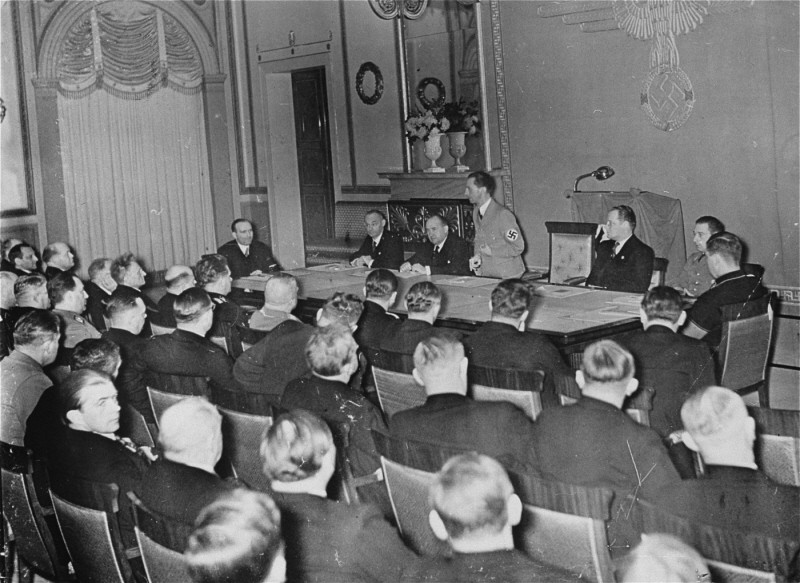 Nazi minister of propaganda Joseph Goebbels delivers a speech to his deputies for the press and arts. [LCID: 81273]