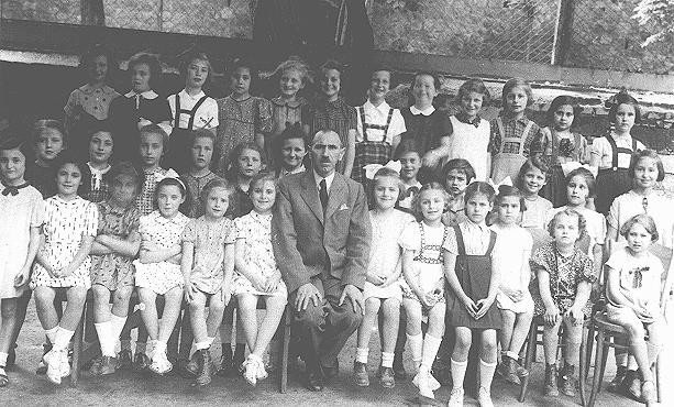 <p>Group portrait of students at a Jewish school. Bratislava, Czechoslovakia, 1938.</p>