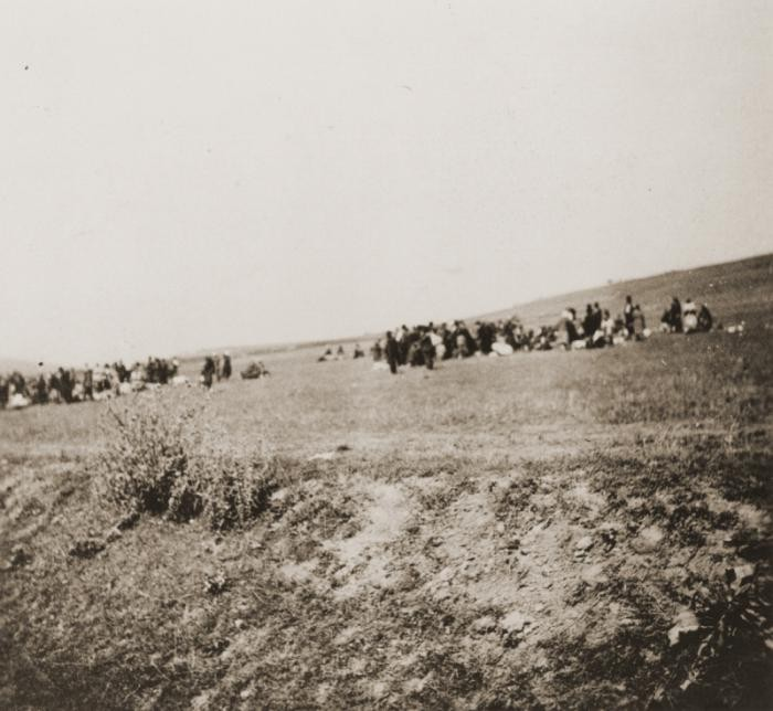 Jews at the killing site outside of Kamenets-Podolsk.