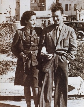 "<p>Jewish <a href=""/narrative/5666"">parachutist</a> Hannah Szenes with her brother, before leaving for a rescue mission. Palestine, March 1944.</p>