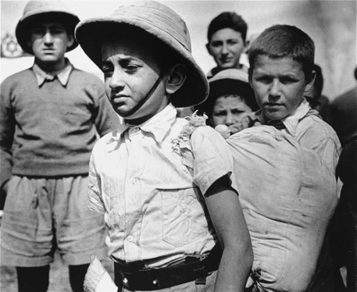 Members of the Tehran children's transport arrive in Athlit.