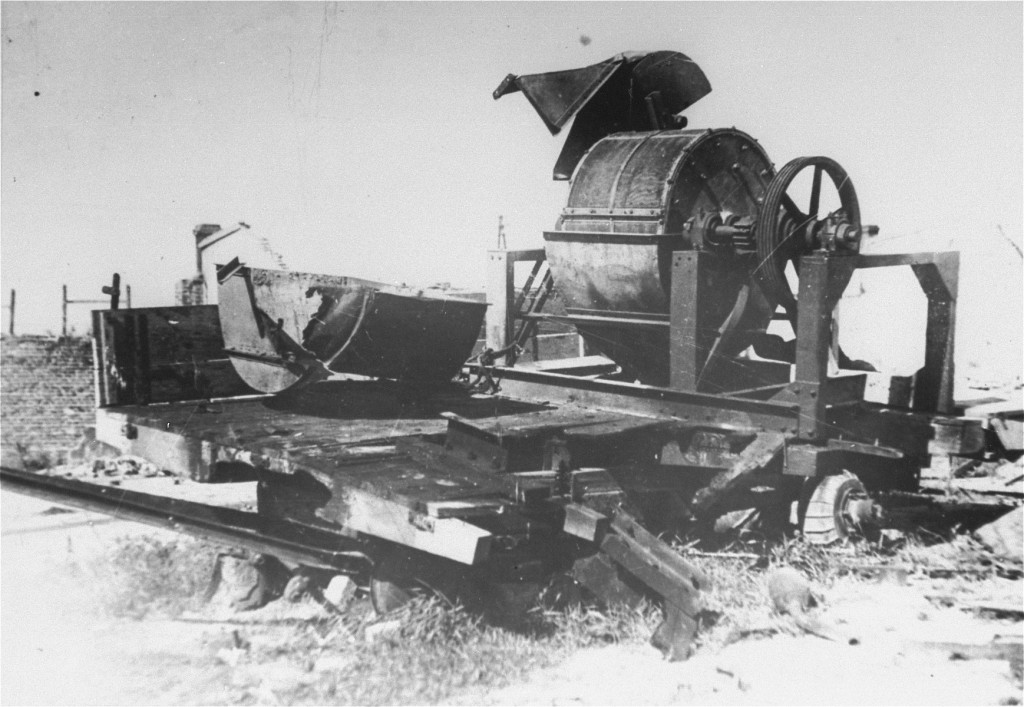<p>Bone-crushing machine used by Sonderkommando 1005 to  grind the bones of victims after their bodies were burned in the Janowska camp. August 1944.</p>
