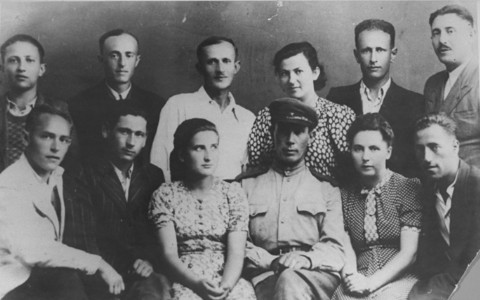 "<p>A group portrait of some of the participants in the uprising at the <a href=""/narrative/3790/en"">Sobibor</a> killing center. Poland, August 1944.</p>"
