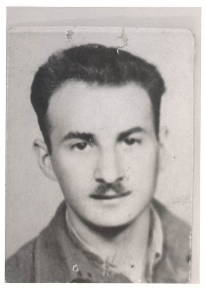 Aron in Budapest, 1945, while en route from Poland to Italy with Brihah, moving to Palestine. [LCID: derm1]