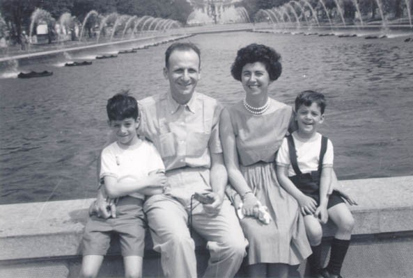 <p>Regina and Victor with their two sons, Harry (left) and Paul (right) at the World's Fair, New York, 1964.</p>