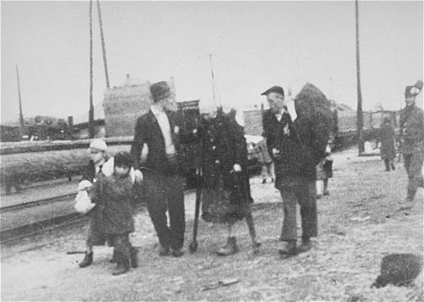 <p>Jews bound for the rail station during deportation action from Sighet. May 18, 1944.</p>