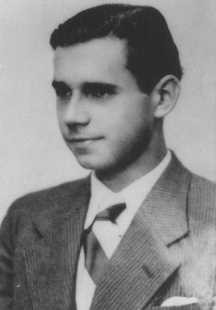 "<p><a href=""/narrative/5099/en"">Wilhelm Kusserow</a>, a German <a href=""/narrative/5070/en"">Jehovah's Witness</a> who was shot by the Nazis. Germany, ca. 1940.</p>"