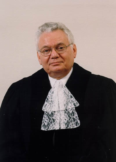 <p>Judge Thomas Buergenthal, formal portrait for the International Court of Justice in the Hague. ca. 2003.</p>