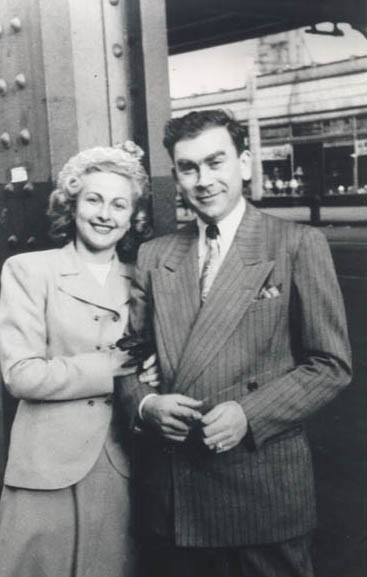 1949 photograph of Amalie and Norman in Brooklyn, New York, two years after they came to the United States. [LCID: sals14]