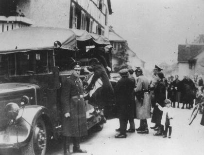 "<p>Deportation of German Jews to France, where Vichy officials would intern them in the <a href=""/narrative/4842/en"">Gurs</a> camp (in southwestern France). Gailingen, Germany, October 1940.</p>"