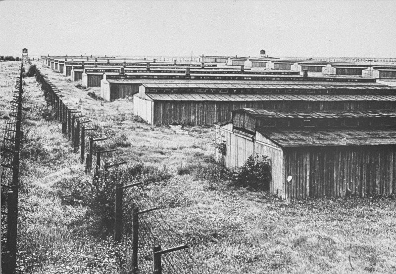<p>A section of the prisoner barracks in the Majdanek camp. Photograph taken after the liberation of the camp in July 1944. Poland, date uncertain.</p>
