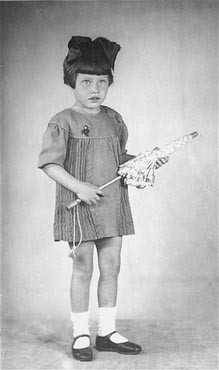 "<p>Portrait of five-year-old Mania Halef, a Jewish child, who was later killed during the mass execution at <a href=""/narrative/5337"">Babi Yar</a>.</p>"