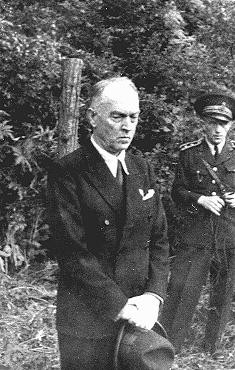 <p>Former Romanian prime minister Ion Antonescu before his execution as a war criminal. Camp Jivava, near Bucharest, Romania, June 1, 1946.</p>