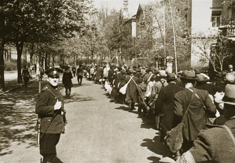 <p>Deportation of the Jews of Würzburg. Germany, 1942.</p>