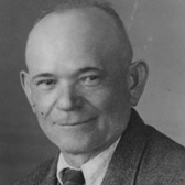 Portrait photo of man