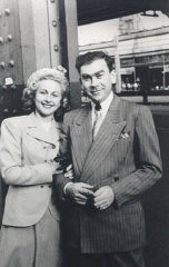 "<p>1949 photograph of Amalie and <a href=""/narrative/10265/en"">Norman Salsitz</a> in Brooklyn, New York, two years after they came to the United States.</p>