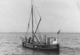 <p>A boat used by Danish fishermen to transport Jews to safety in Sweden during the German occupation. Denmark, date uncertain.</p>