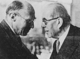 """<p>British Zionist leader Norman Bentwich (left) with Henri Berenger, French delegate to the <a href=""""/narrative/6748/en"""">Evian Conference</a> on Jewish refugees. Evian-les-Bains, France, July 1938.</p>"""