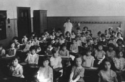 A first-grade class at a Jewish school. Cologne, Germany, 1929-1930. [LCID: 07779]