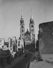 """<p>At the time of the <a href=""""/narrative/9366/en"""">International Military Tribunal</a>, the city of Nuremberg reflected the devastation of war, as did much of Europe. This landscape of destruction stands in stark contrast to the Nazi rallies held in Nuremberg only years earlier.</p>"""