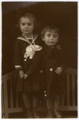 "<p>Prewar studio portrait in <a href=""/narrative/11710"">Sighet</a> of Jewish siblings Suri and Ari Deutsch, both of whom died in the <a href=""/narrative/72"">Holocaust</a>. This photograph comes from the album of their cousin, Rosalia Dratler Roiter. Rosalia was deported to and died at <a href=""/narrative/3673"">Auschwitz</a>. Sighet, Romania, 1937.</p>"