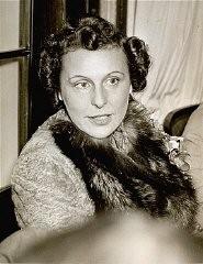 <p>Portrait of Leni Riefenstahl, taken before 1945.</p>