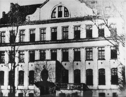 "<p>Exterior view of the Jewish orphanage run by <a href=""/narrative/62999"">Janusz Korczak</a>. Established in 1912, the orphanage was located at 92 Krochmalna Street in <a href=""/narrative/2014"">Warsaw</a>, Poland. Photo taken circa 1935.</p>"