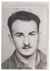 """<p>Aron in Budapest, 1945, while en route from Poland to Italy with <a href=""""/narrative/5217"""">Brihah</a>, moving to Palestine. In Aron's words: """"We got connected with the Brihah in Poland, got directions to go to Bratislava and on to Budapest. On our trip, we didn't know where we going from city to city, only our final destination."""" July 5, 1945, Budapest, Hungary.</p>"""