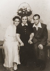 "<p>Wedding portrait of former <a href=""/narrative/11060/en"">Bielski partisan</a>, Berl Kagan. Emden, Germany, April 3, 1948.</p>