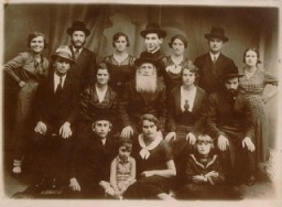 Portrait of Norman Salsitz's family