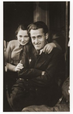 """<p>Prewar portrait of Pinchas and Roza Zygielbojm taken in 1936 in Warsaw, Poland. In 1942, they were taken into the Ponary forest outside of <a href=""""/narrative/3169"""">Vilna</a> and killed by the SS and Lithuanian <a href=""""/narrative/6437"""">collaborators</a>.</p> <p>Born in 1906, Pinchas Zygielbojm was an actor and brother of Szmul Artur Zygielbojm, a leader of the Jewish socialist Bund in interwar Poland and later a member of the National Council of the Polish Government-in-Exile in London.</p>"""