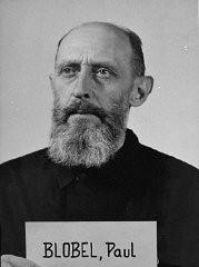 <p>Paul Blobel, acusado durante el juicio de los Einsatzgruppen (equipos móviles de matanza).</p>