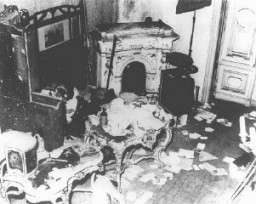 "<p>A private Jewish home vandalized during <a href=""/narrative/4063"">Kristallnacht</a> (the ""Night of Broken Glass"" <a href=""/narrative/3487"">pogrom</a>). Vienna, Austria, November 10, 1938.</p>"