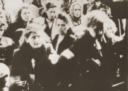 Jews on the platform during a deportation from the Warsaw ghetto, October 1940 - May 1943.