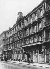 <p>Cuarteles del liderazgo de las SS en el número 9 de la calle Prince Albert. Berlín, Alemania, fecha incierta.</p>