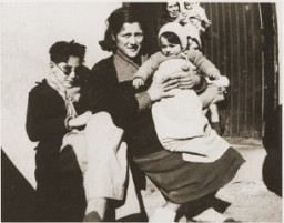 """<p>In 1939, some 500,000 Spanish Republicans fled to France, where many, including this family, were interned in camps. When World War II broke out, these internment camps housed """"enemy aliens,"""" including German-Jewish refugees and Nazi political opponents. Rivesaltes, France, ca. 1941,</p>"""