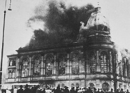 "<p>The Boerneplatz synagogue in flames during the Kristallnacht pogrom (the ""Night of Broken Glass""). Frankfurt am Main, Germany, November 10, 1938.</p>"