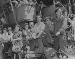 Refugees aboard an Aliyah Bet ship