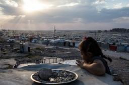 Syrian girl in the Domiz refugee camp