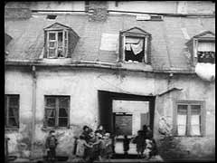 Conditions in the Warsaw ghetto