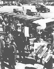 "<p>In front of the German consulate building, writers demonstrate against Nazi <a href=""/narrative/7631/en"">book burnings</a>. New York, United States, May 10, 1938.</p>"