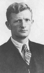 ニーウランデで250人から成る組織を編成し、隠れ家や偽装身分証明書を用意してアムステルダムからユダヤ人を脱出させたヨハネス・ポスト。