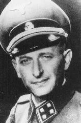 <p>أدولف أيشمان من قوات الأمن الخاصة المسؤول عن ترحيل يهود أوروبا. ألمانيا في 1943.</p>
