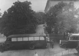 "<p>Buses used to transport patients from the Eichberg hospital near Wiesbaden to <a href=""/narrative/8116/en"">Hadamar</a> euthanasia center. The windows were painted to prevent people from seeing those inside. Germany, between May and September 1941.</p>"