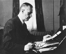 "<p><a href=""/narrative/11605/en"">Thomas Mann</a>, seen here in Germany before the war, was a noted German novelist and Nobel Laureate. He denounced the Nazis and emigrated to the United States in 1938 after his German citizenship was revoked. Germany, prewar.</p>"