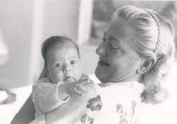 "<p><a href=""/narrative/10265/en"">Norman</a>'s daughter, Esther, at three weeks of age, with her mother, Amalie. September 1956.</p>