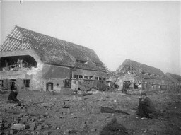 <p>View of the ruins of the central barracks (Boelke Kaserne) in the Nordhausen concentration camp. This photograph was taken after liberation. Germany, April 1945.</p>