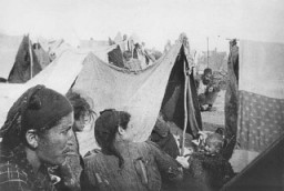 Armenian families in a refugee camp