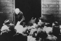 "<p>Deportation of Jews from the <a href=""/narrative/4469/en"">Westerbork</a> transit camp. The Netherlands, 1943.</p>"